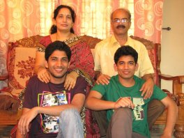 Manmeeth with his family.